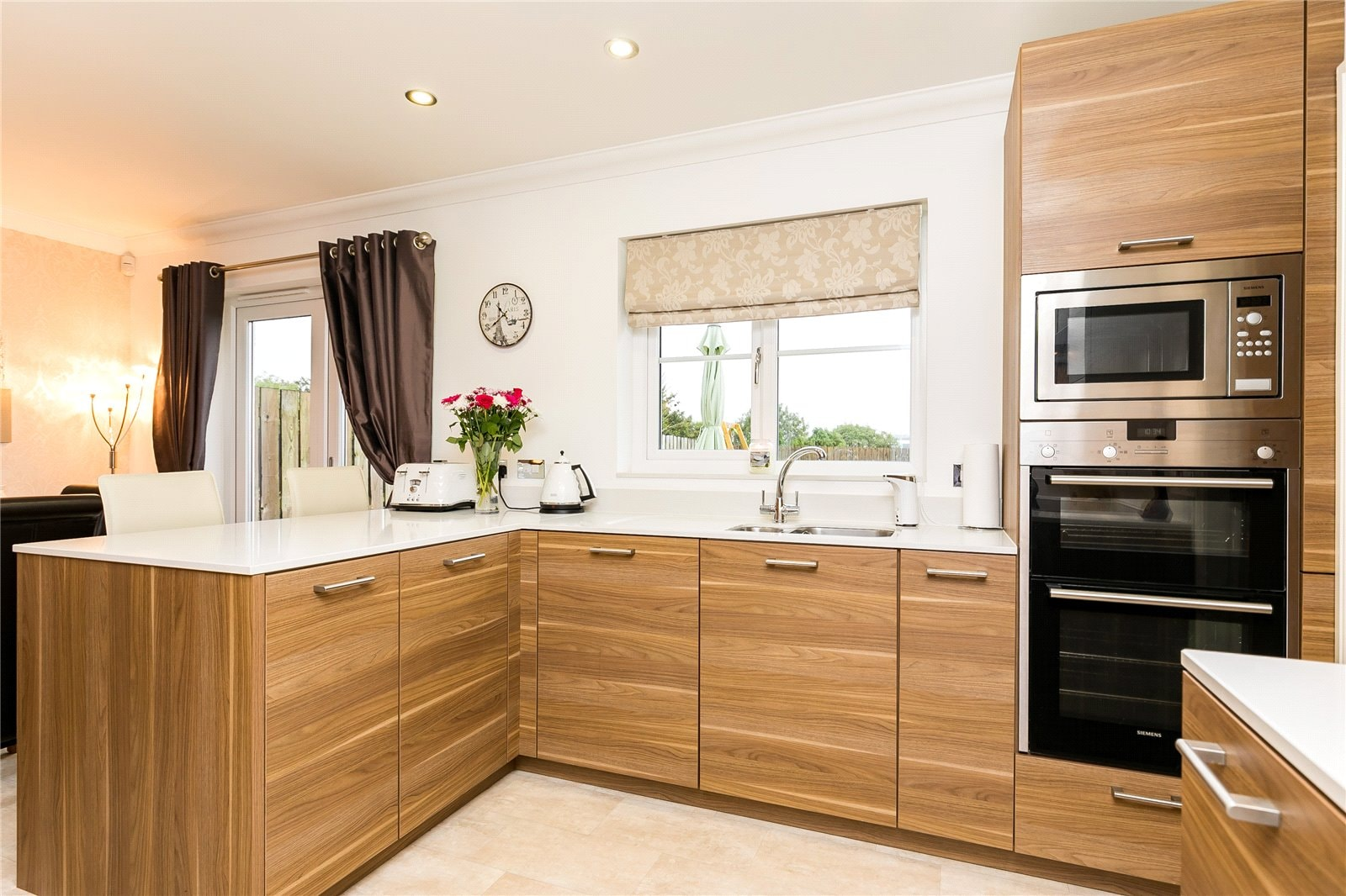 3 Deeside View kitchen