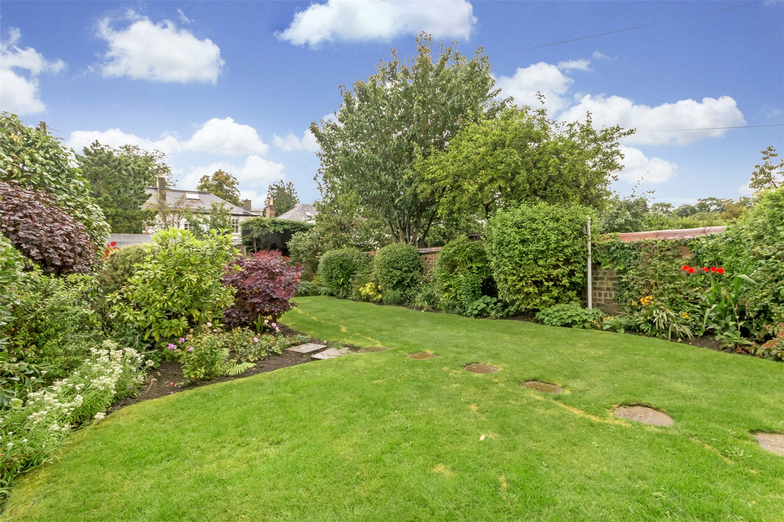 554 Queensferry Road garden