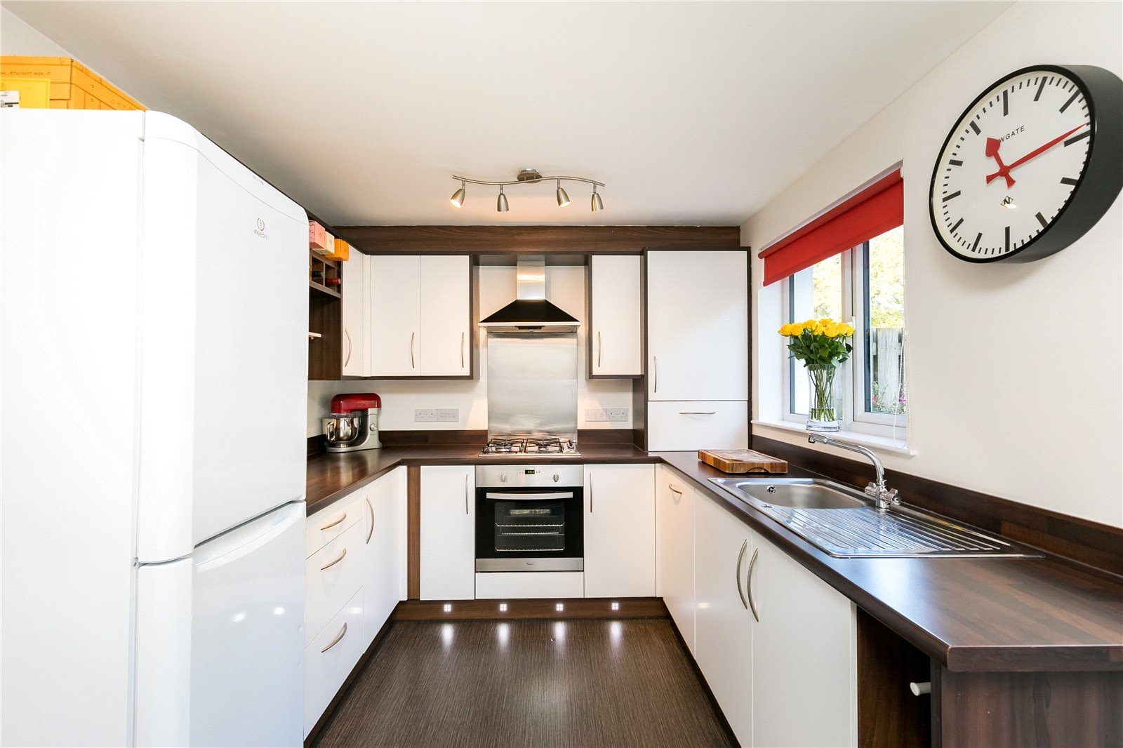 38 Jesmond Grange kitchen