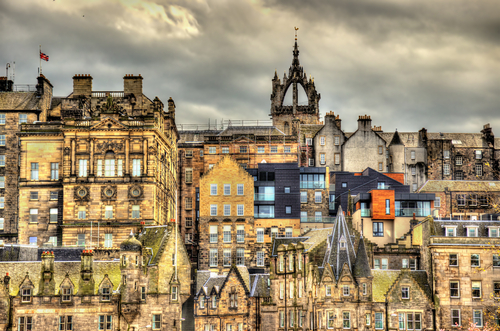 Scottish property prices hit new record