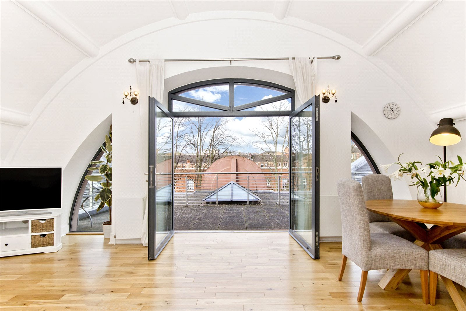 Glasgow Property of the Week: 2/3, 60 Lochleven Road