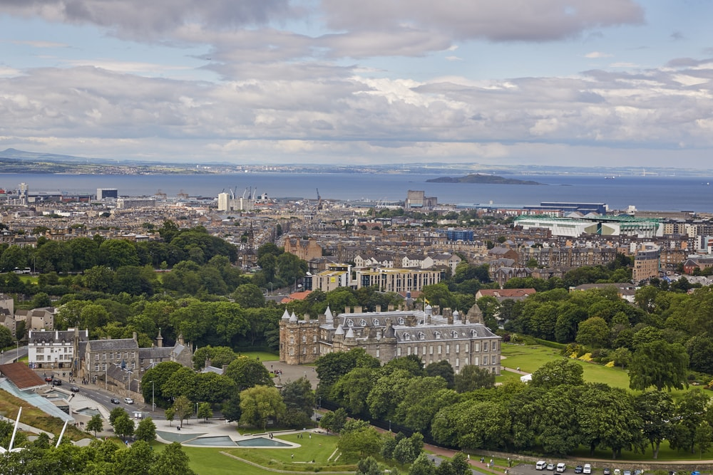 "Edinburgh flat prices risen by ""nearly £5,000 a month in the last year"""