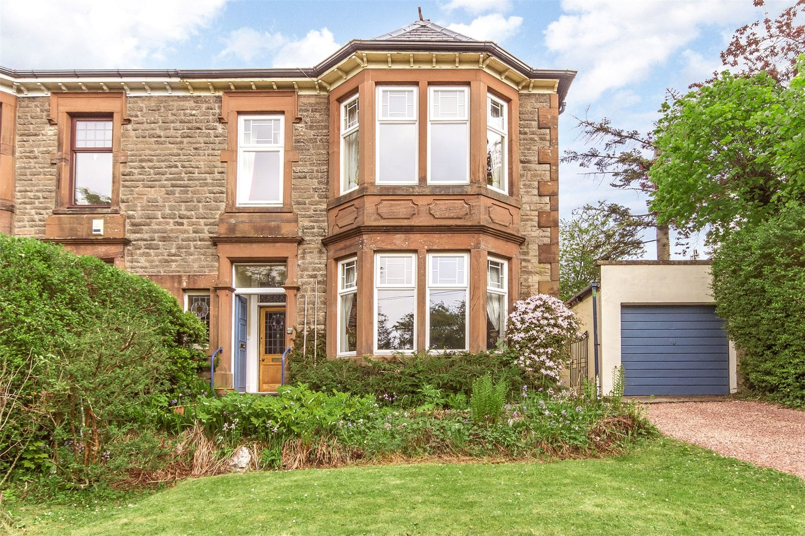 Beautiful sandstone home in an enviable location within Giffnock