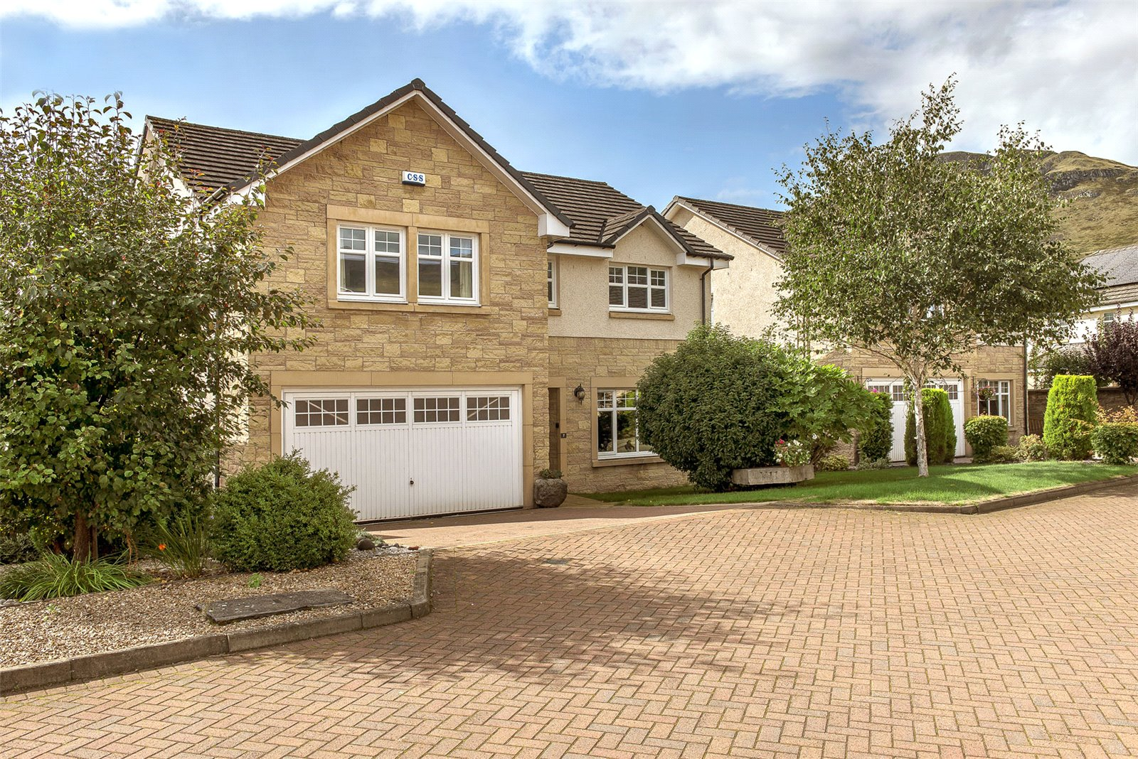 Spacious detached house the whole family will love