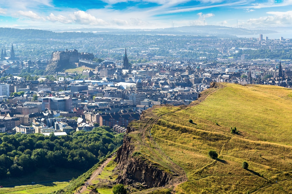 Edinburgh property prices continue to rise