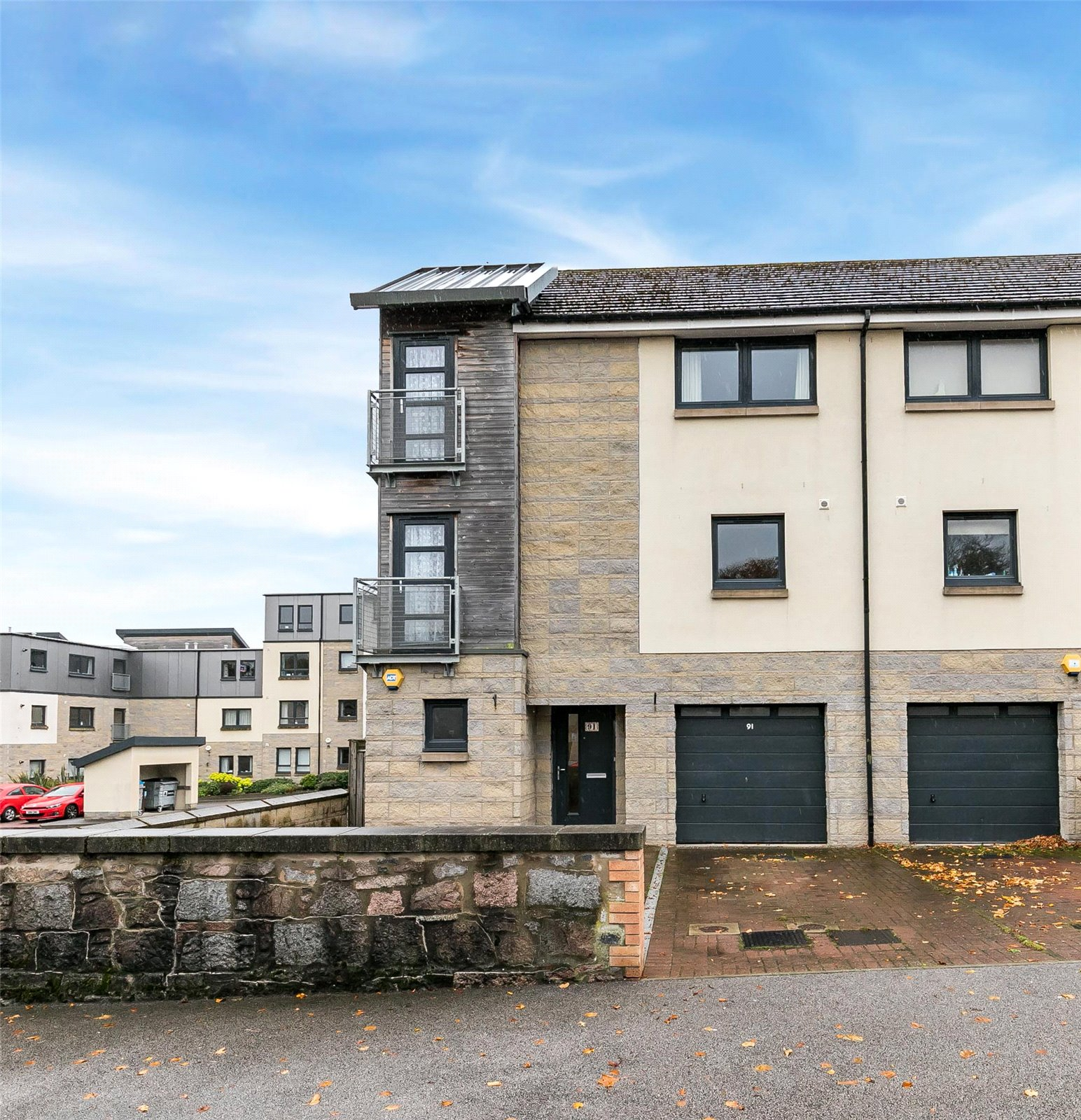 Our latest properties for sale and to let (26th October 2018)