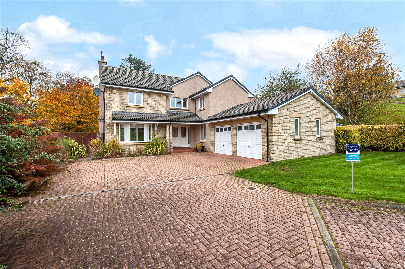 This extended five bedroom house could be the perfect family home...