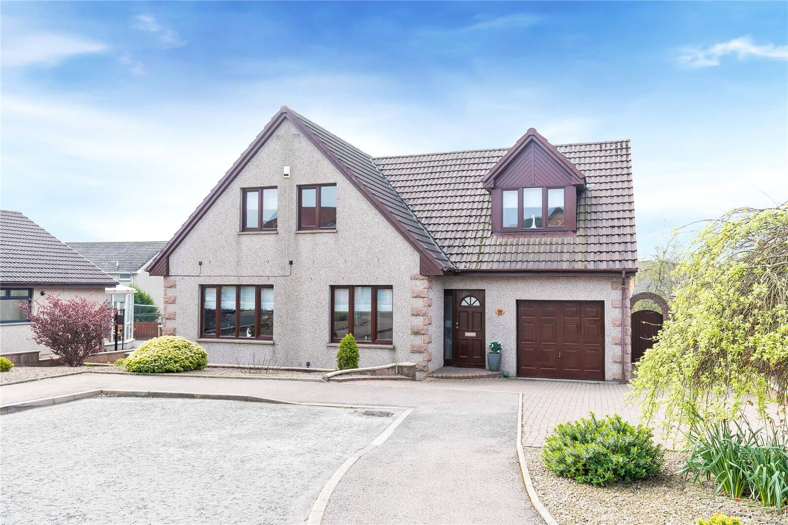 Our latest properties for sale and to let  (3rd May 2019)