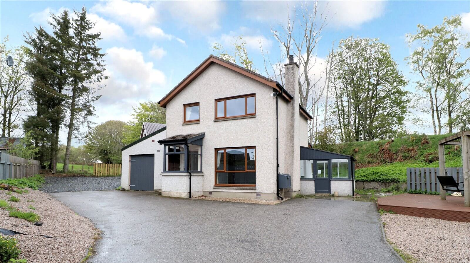 Our latest properties for sale and to let (16th May 2019)