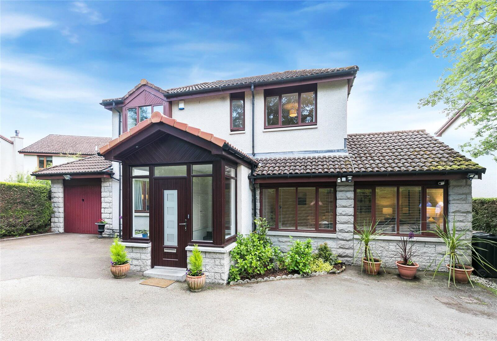 Our latest properties for sale and to let (27th June 2019)