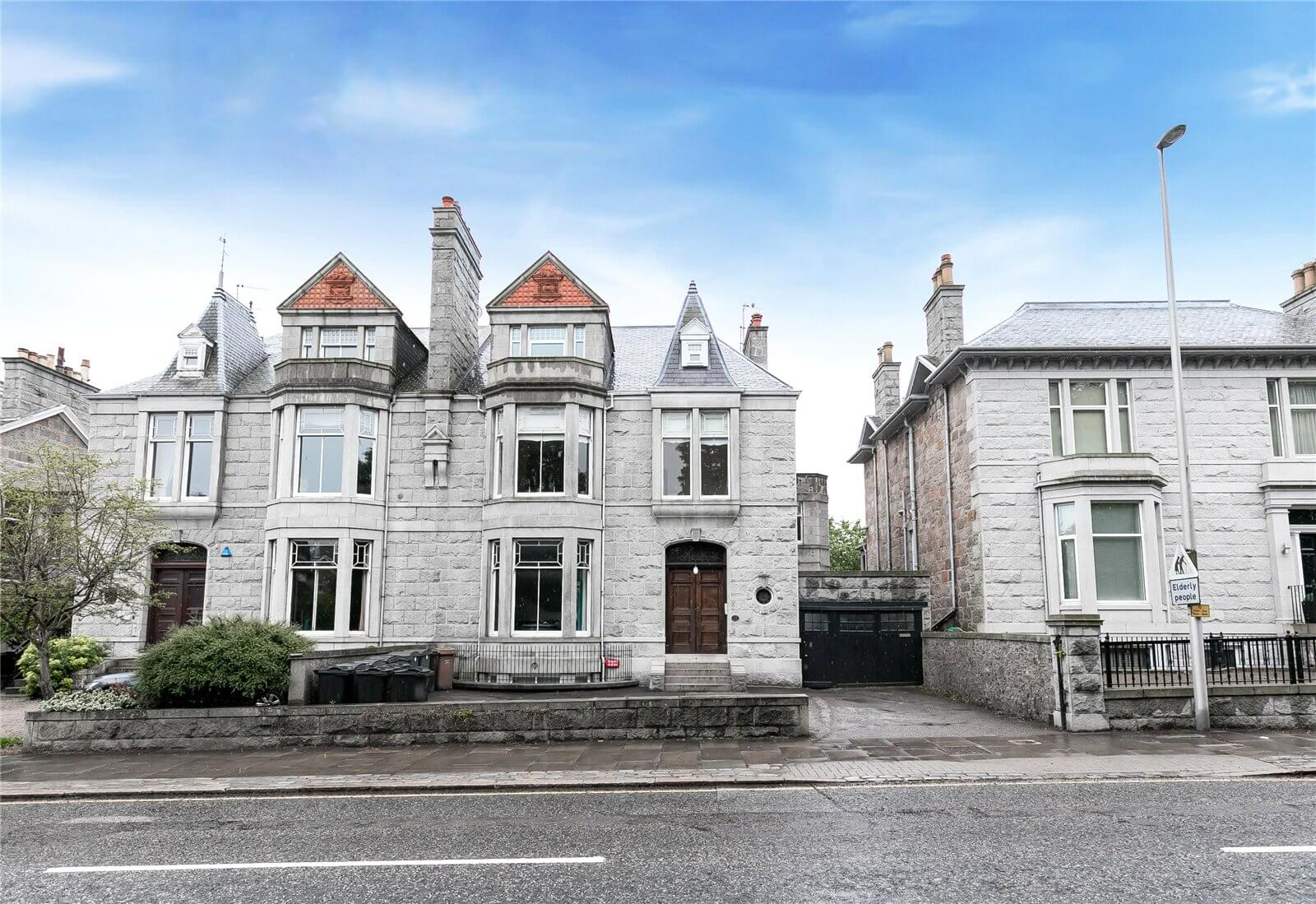 Four West End pads priced under £180,000