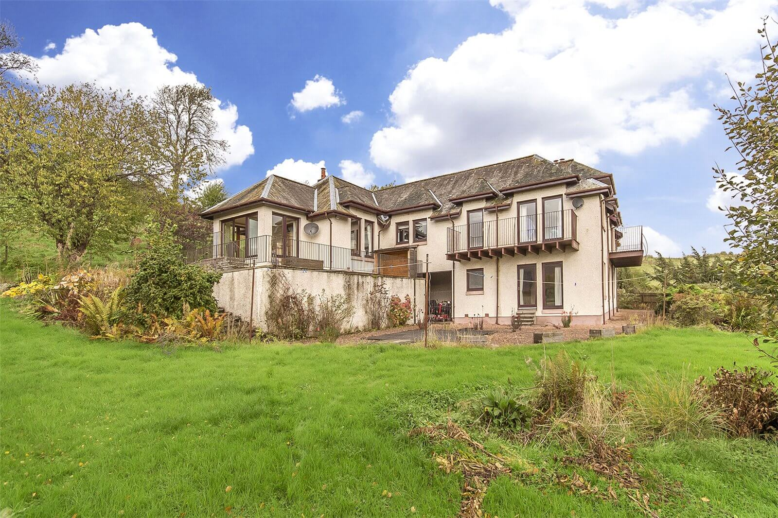 Our latest properties for sale and to let (18th October 2019)