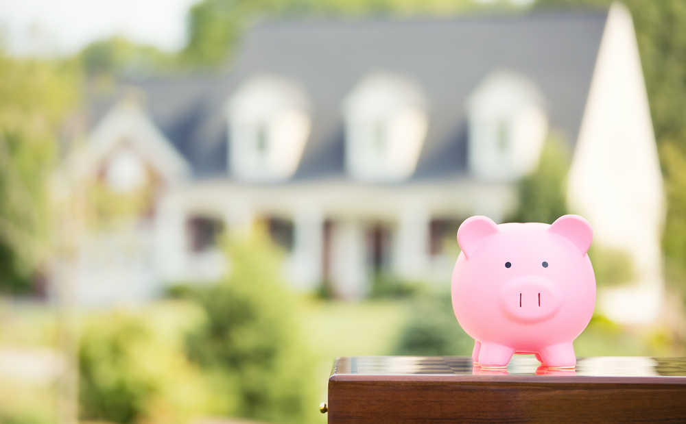 Homeowners urged to take advantage of low interest rates