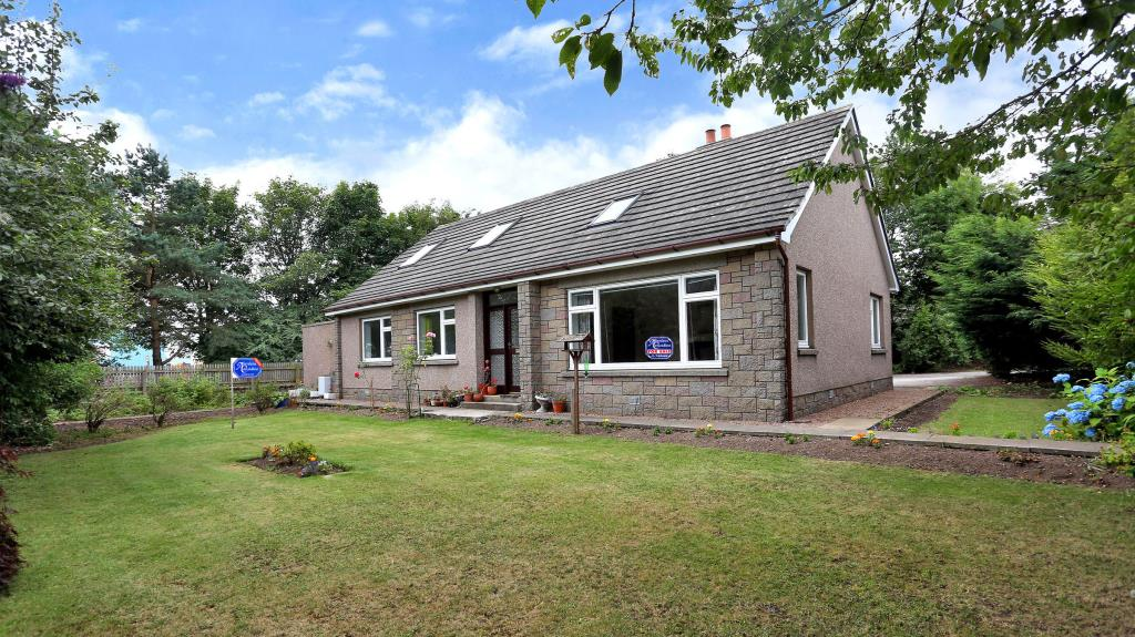 The Malahat, Straik Road, Elrick, Aberdeenshire - Offers Over £360,000