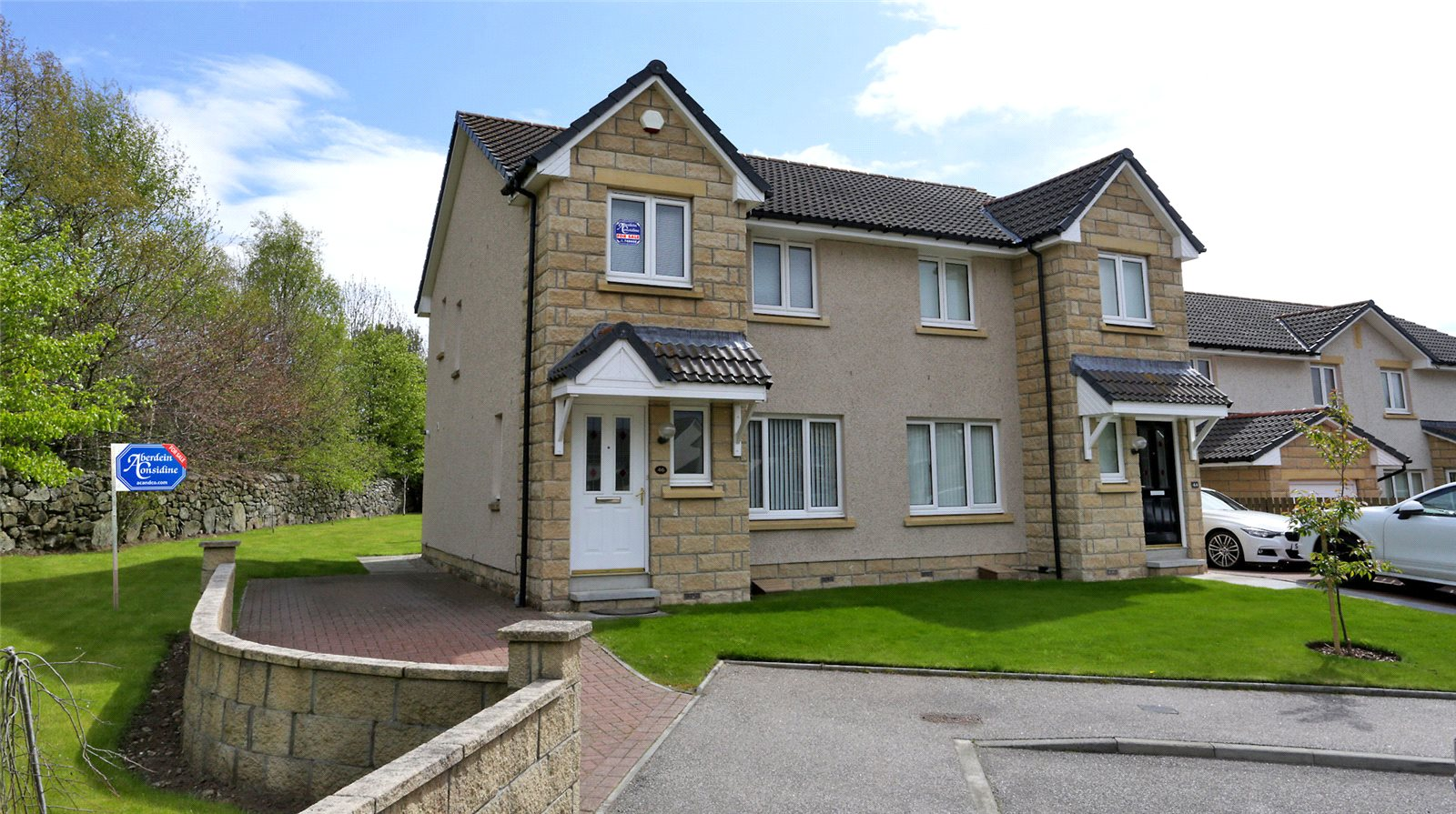 46 Carnie Drive, Westhill - £250,000