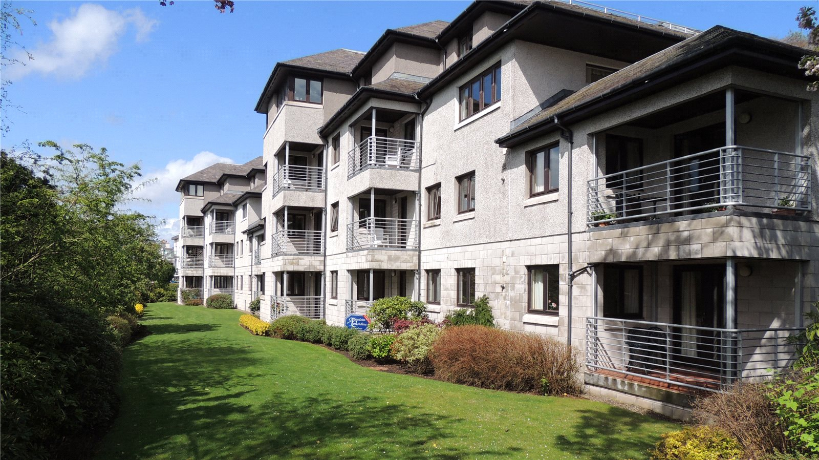 2 Riverview Park, Dundee Road, Perth - £152,500